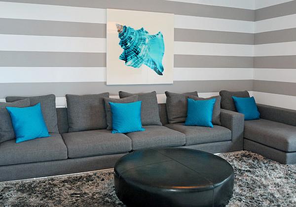 Las rayas una de las ltimas tendencias en decoraci n for Sala gris con turquesa